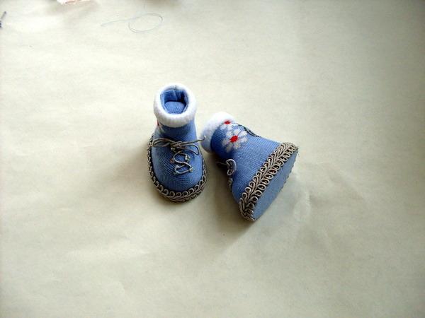 Мастер-класс ШитьС': Шьем сапоги для куклы Кожа.  Фото.