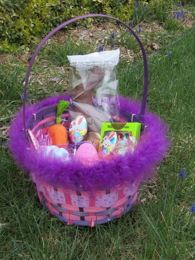 Lush-Easter-basket-far-away (389x518, 136Kb)